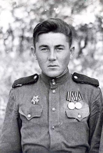 1Чернявский_Лев_Тихонович-1946г.г._Киев_1405c.jpg